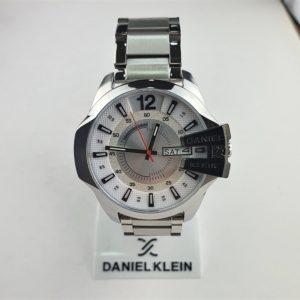 Sat Daniel Klein 10439